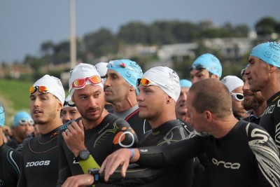 Swim-2-triathlon-M-Marseille.jpg-400x267