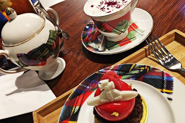 Vivienne Westwood Cafe - Hong Kong