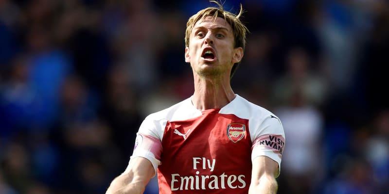 Emery menuntut kesepakatan baru Arsenal untuk Monreal