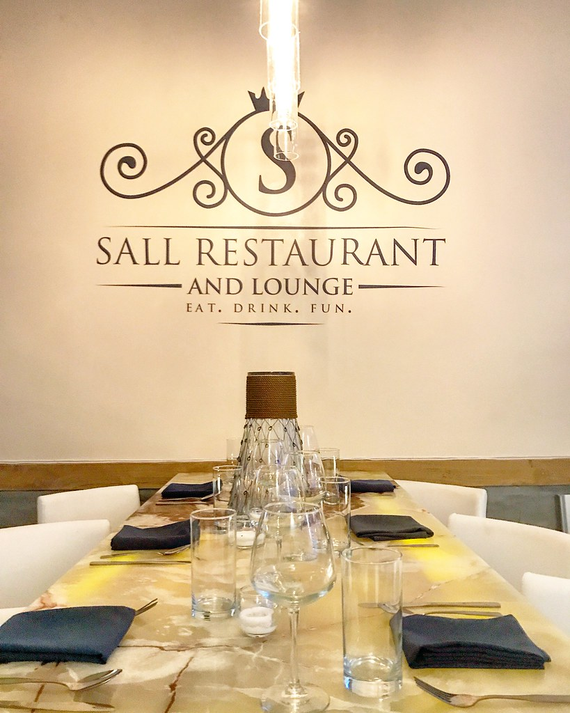 Sall Restaurant and Lounge (1)