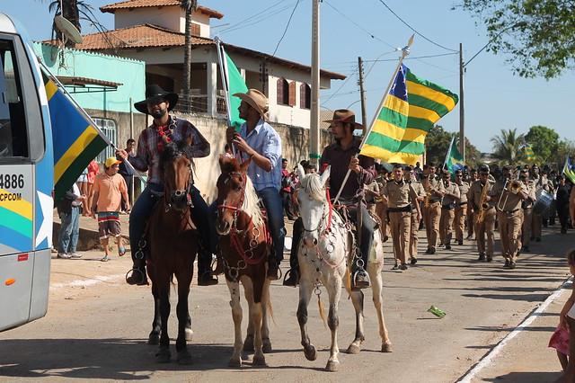 Prefeito resgata desfile de estudantes para comemoração do Dia da Independência em Santo Antônio do Descoberto