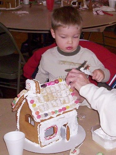 2009 - Gingerbread House