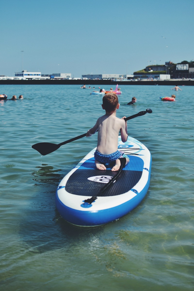 M Stand Up Paddleboarding SUP