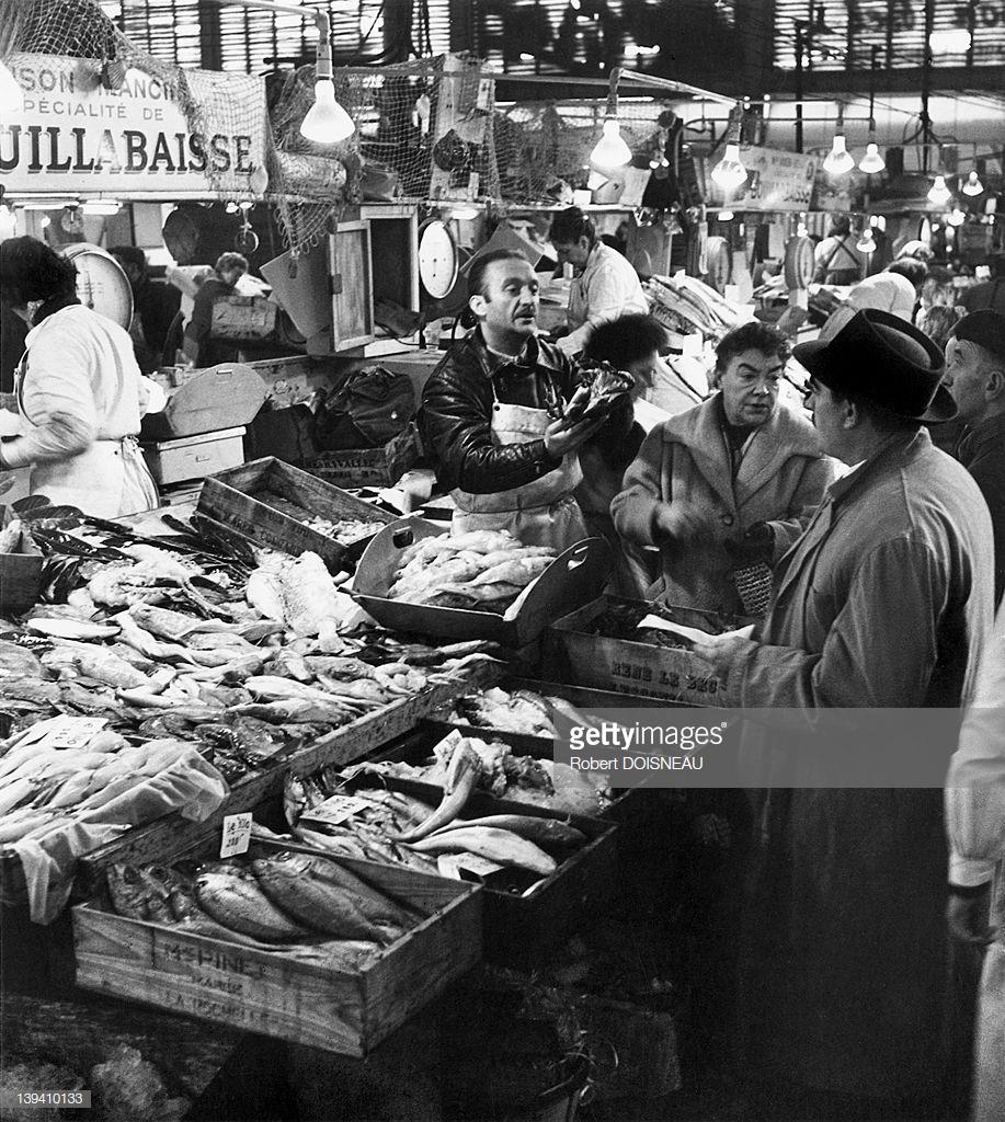 1959. Владелец ресторана выбирает товар для своего заведения