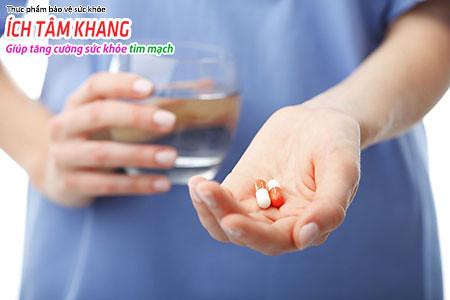 Dùng kháng sinh trước khi can thiệp nha khoa giúp phòng viêm nội tâm mạc