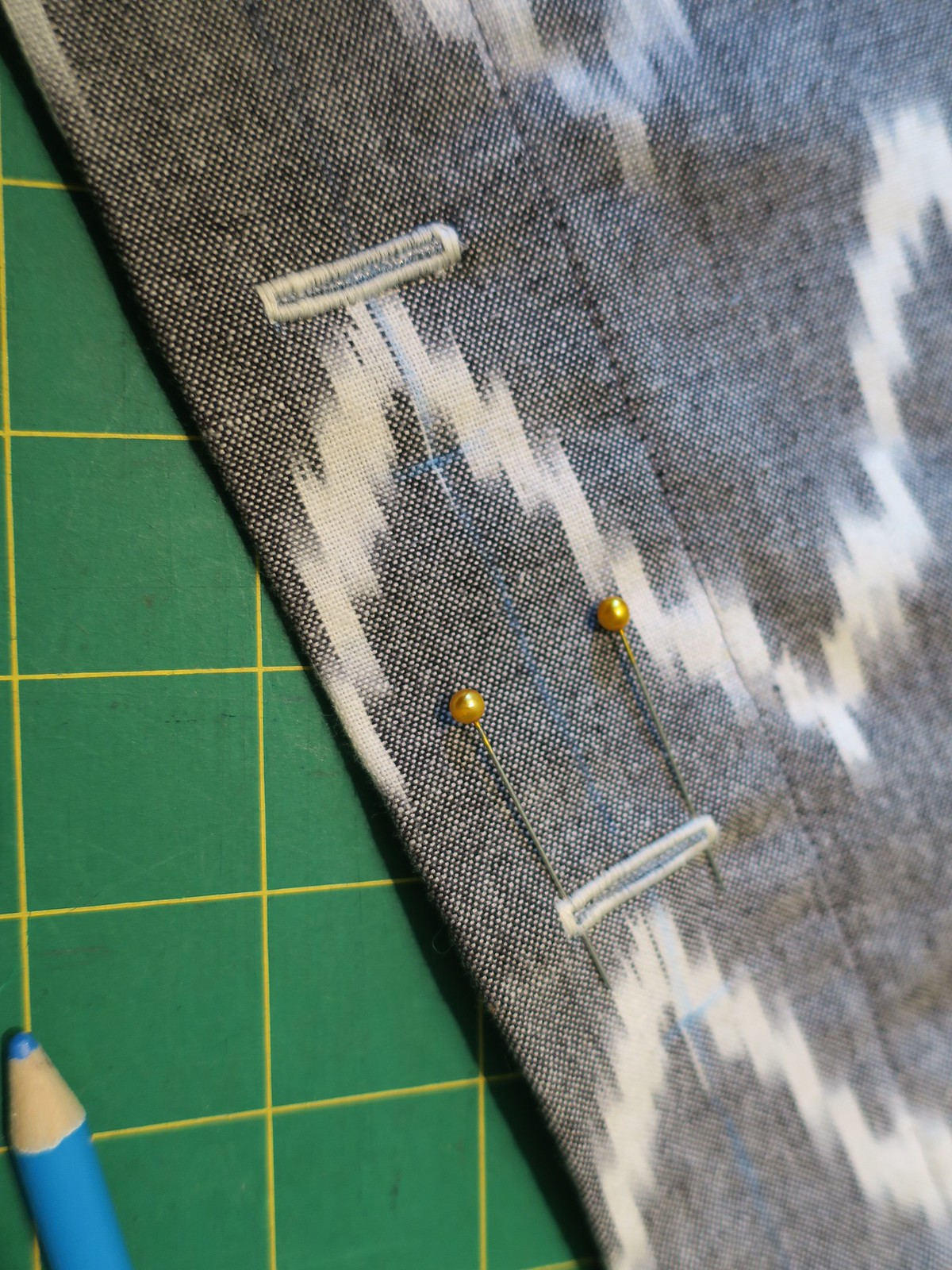 Button hole sewing tips