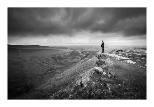 brecon breconbeacons wales welsh hills mountain valley climbing walking trecking trekking hiking blackandwhite bw mono monochrome moody cloudy wideangle landscape davidhaughton fineart