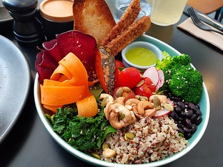 Nurture Bowl at Dicki's
