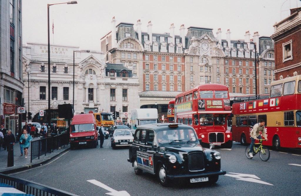 London Victoria, 2/9/1998
