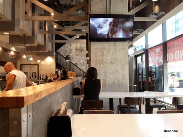 Za Pizza Bistro Toronto interior