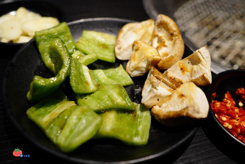 東區燒烤吃到飽 櫻花羿日式炭火燒肉