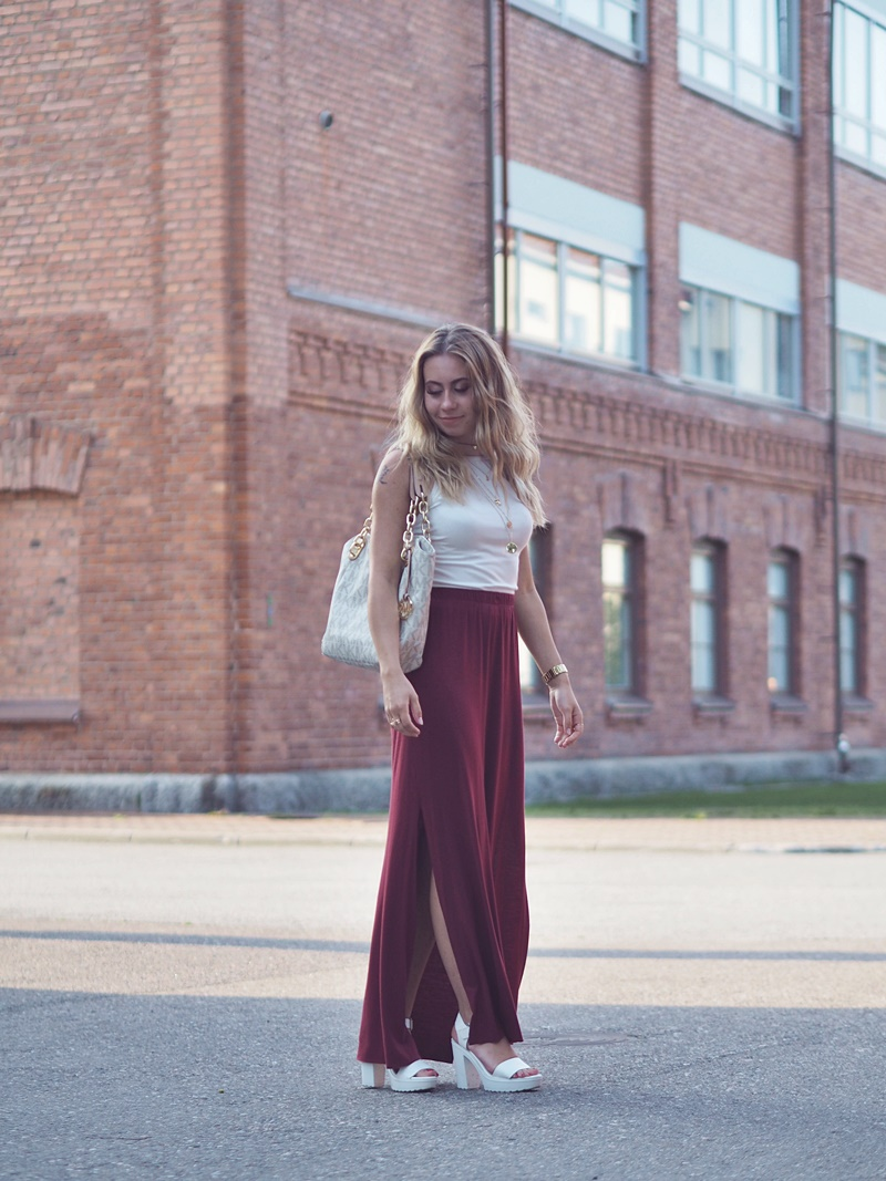 burgundy maxi skirt white top