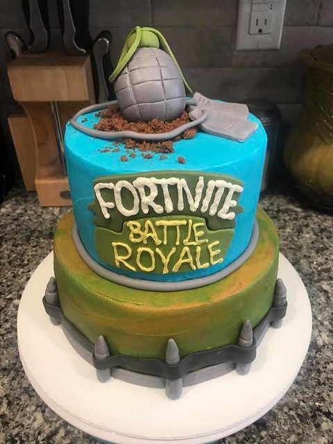 Cake by VC Sweets