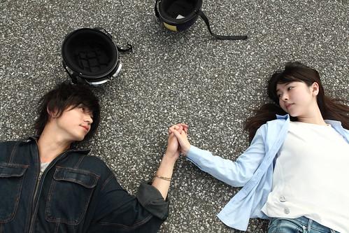 映画『寝ても覚めても』 ©2018 映画「寝ても覚めても」製作委員会/ COMME DES CINÉMAS
