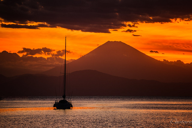 Sunset with Mount Fuji, Sony ILCE-7M2, Sony 70-300mm F4.5-5.6 G SSM (SAL70300G)
