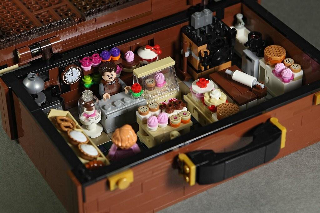 拜託,可以讓我帶回家養嗎? DOGOD 狗神磚創、樂高七號 LEGO7 樂高MOC 作品【玻璃獸】NIFFLER
