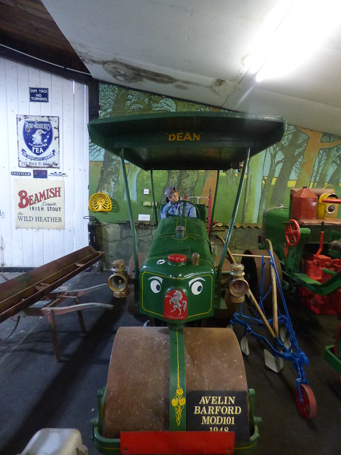 Tacla Taid Anglesey's Transport Museum - Agriculture Room - Avelin Barford Mod101 1948
