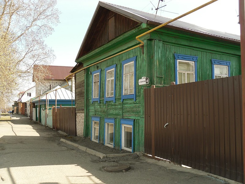 Барнаул, улица Аванесова № 49.