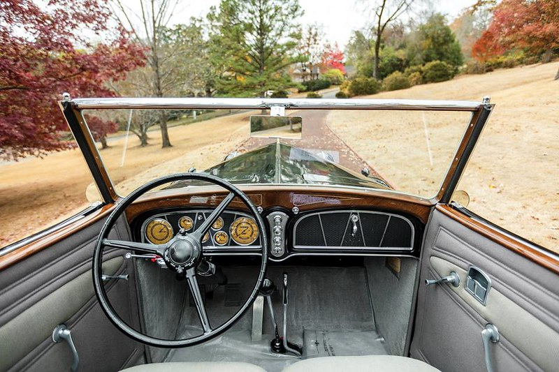 1933. Cadillac V16 452-C Convertible Phaeton by Fleetwood.