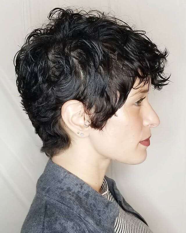 Best Bold Curly Pixie Haircut 2019- 50 Hairstyle Inspirations 21