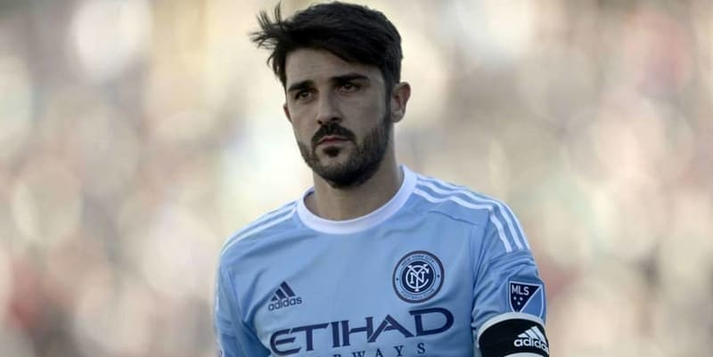 Mantan Bintang Barcelona David Villa Akan Pensiun