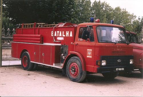 Ford D 1210 camion d'incendie