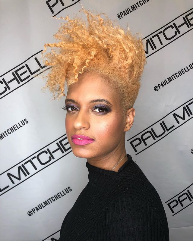 Best Bold Curly Pixie Haircut 2019- 50 Hairstyle Inspirations 19
