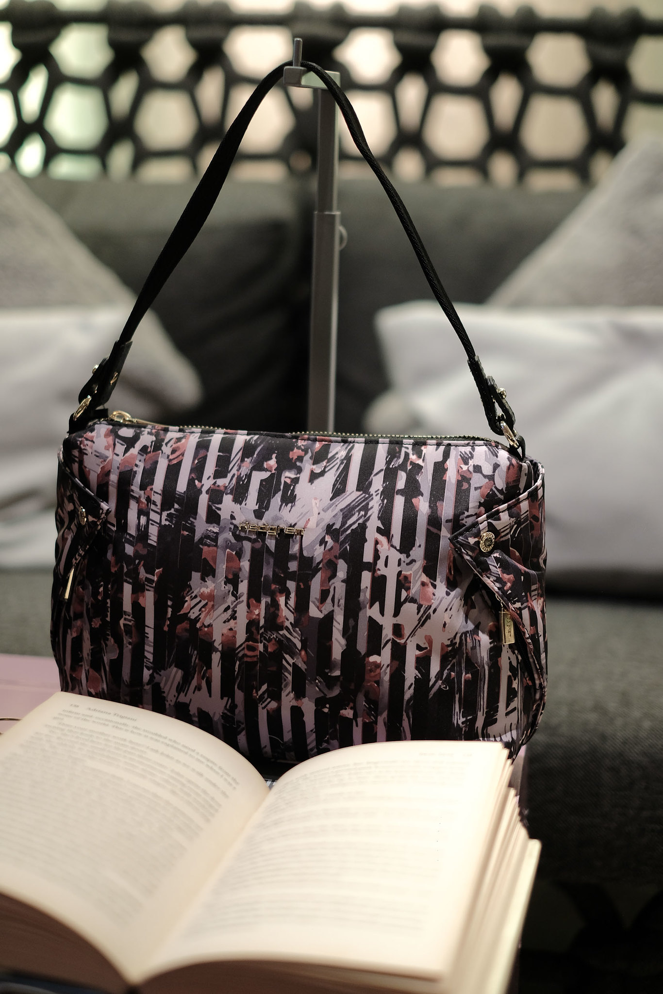hedgren-Pink-Jungle-Collection