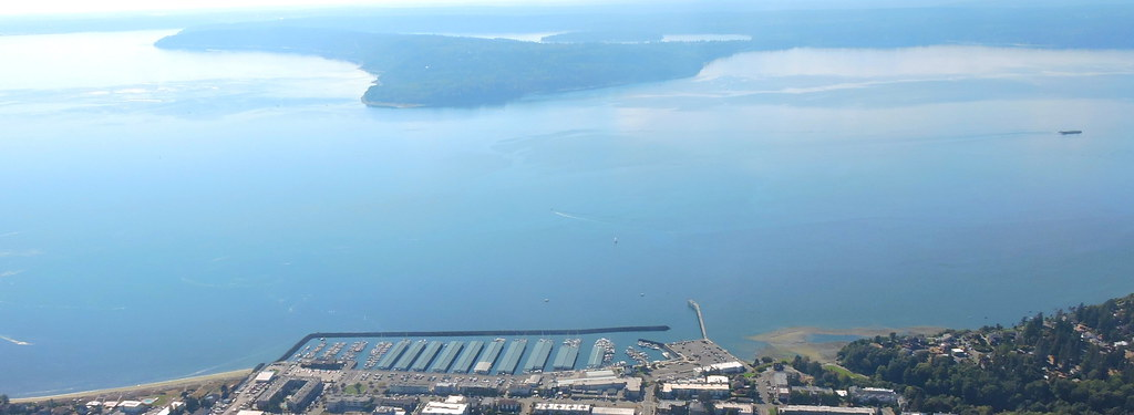 City Of Des Moines Washington Marina With Maury Island In Flickr