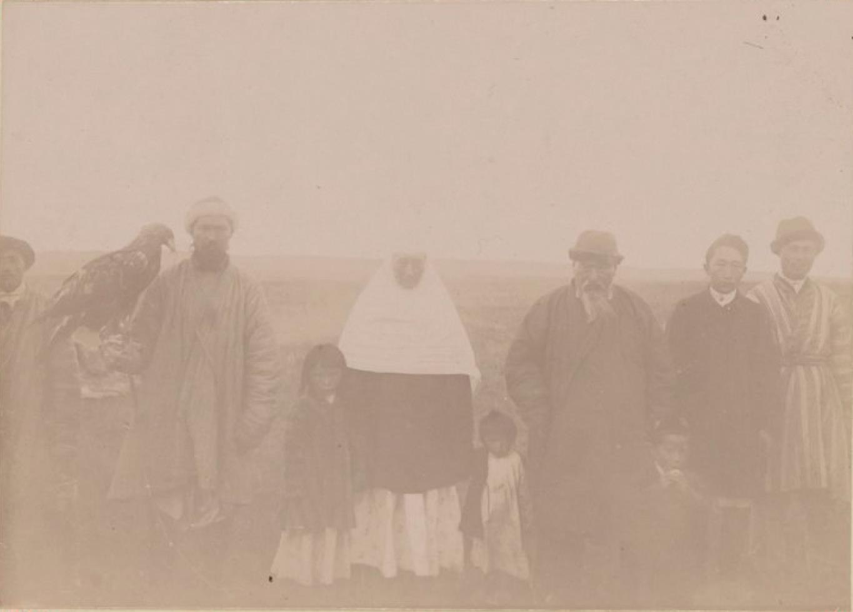 21. Группа киргизов
