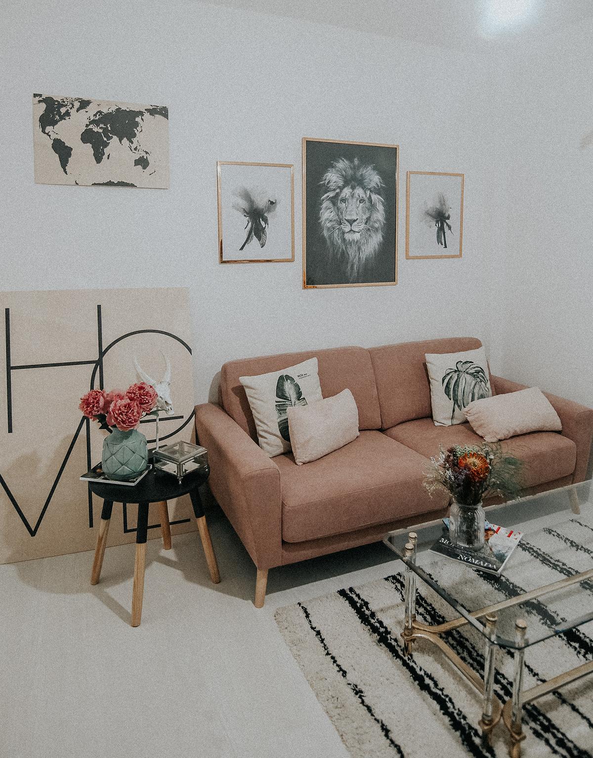 decora-salon-posterlounge-sofa-rosa-myblueberrynightsblog2