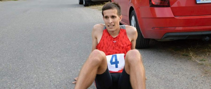 Janů se po sekundách blíží k Pešavovu absolutnímu rekordu