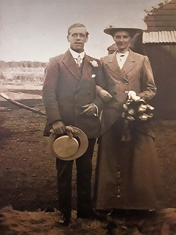 Casbon Charles A Eliza Harvey wedding photo adjusted