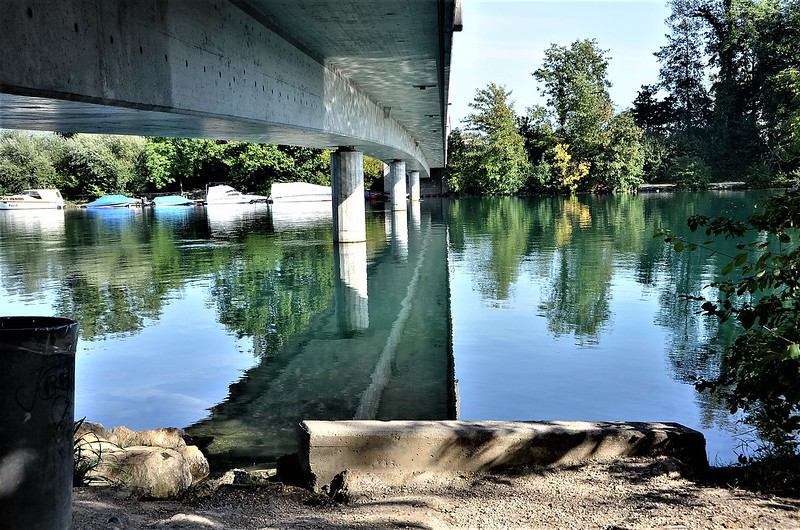 Reflection River Aare 12.09.2018