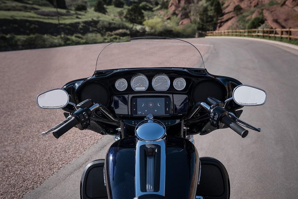 Harley-Davidson 1870 ULTRA LIMITED LOW FLHTKL 2019 - 0