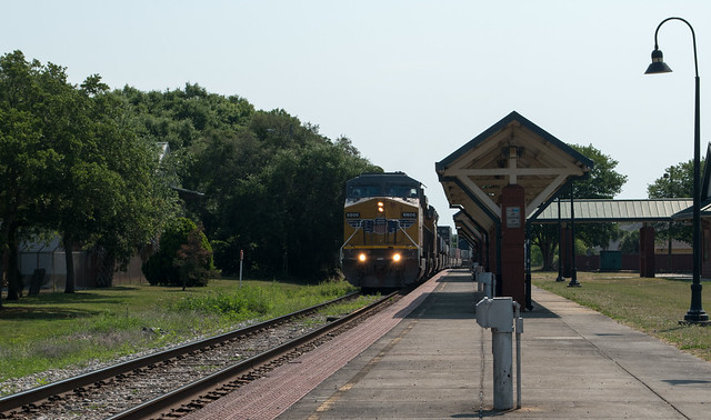 Pensacola Amtrak station (#0902), Nikon D5600, AF-S DX VR Zoom-Nikkor 18-55mm f/3.5-5.6G