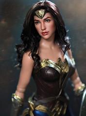Gal Gadot a Tonner Wonder Woman