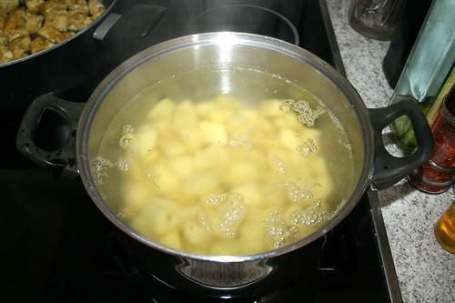 25 - Kartoffeln kochen / Cook potatoes