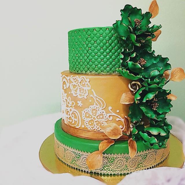 Cake by Chepahcutecakes