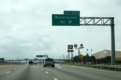 I-45 South - Exit 273 - Wintergreen Road