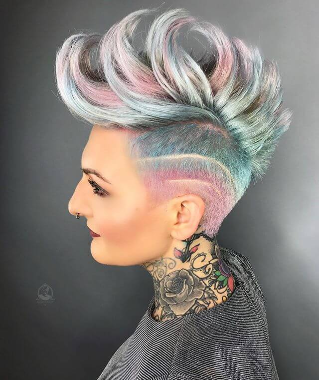 Best Bold Curly Pixie Haircut 2019- 50 Hairstyle Inspirations 5