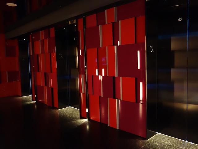 電梯@高雄H2O水京棧國際酒店