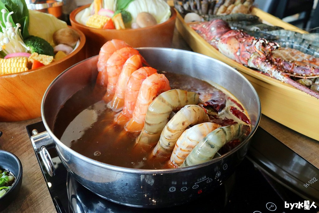 30283719258 97df232b62 b - 熱血採訪|台北知名火鍋上官木桶鍋來台中,超狂甜蜜痛風鍋,爆量鮮蝦吃到爽