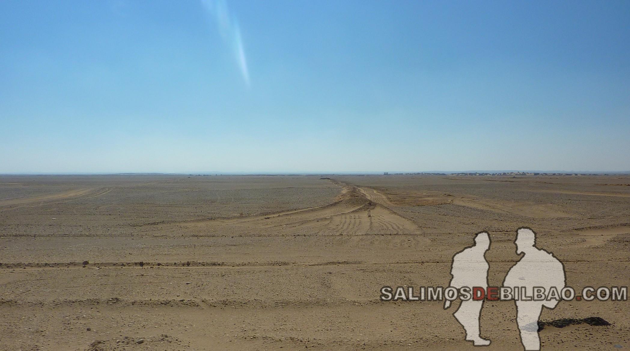 1063. Camino de Luxor a Marsa Alam
