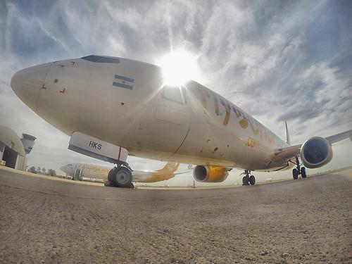 Flybondi B737-800 COR (Flybondi)