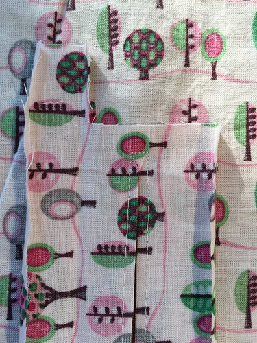 naaiproject sewing shirt rozeboompjes roze boompjes stof