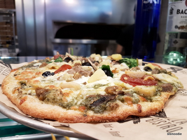 Za Pizza Bistro pizza pie