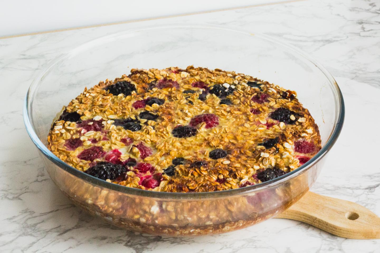 Recept: gebakken havermout met rood fruit