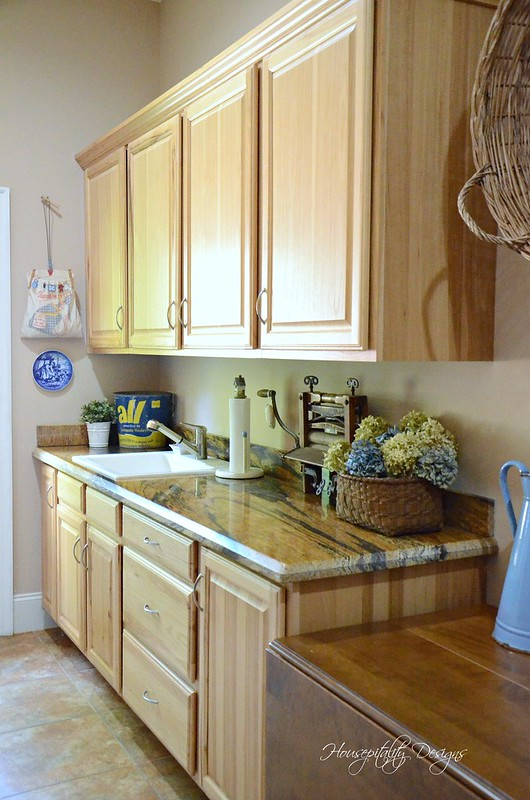 Laundry Room-Housepitality Designs-11