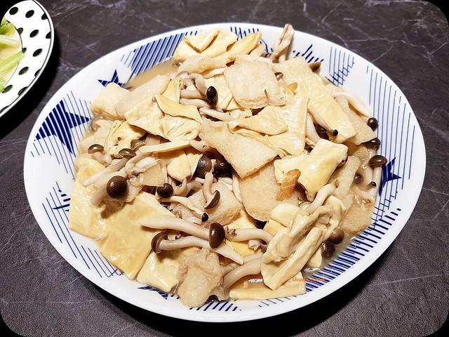 180816 竹笙鴻喜菇燒腐皮-01